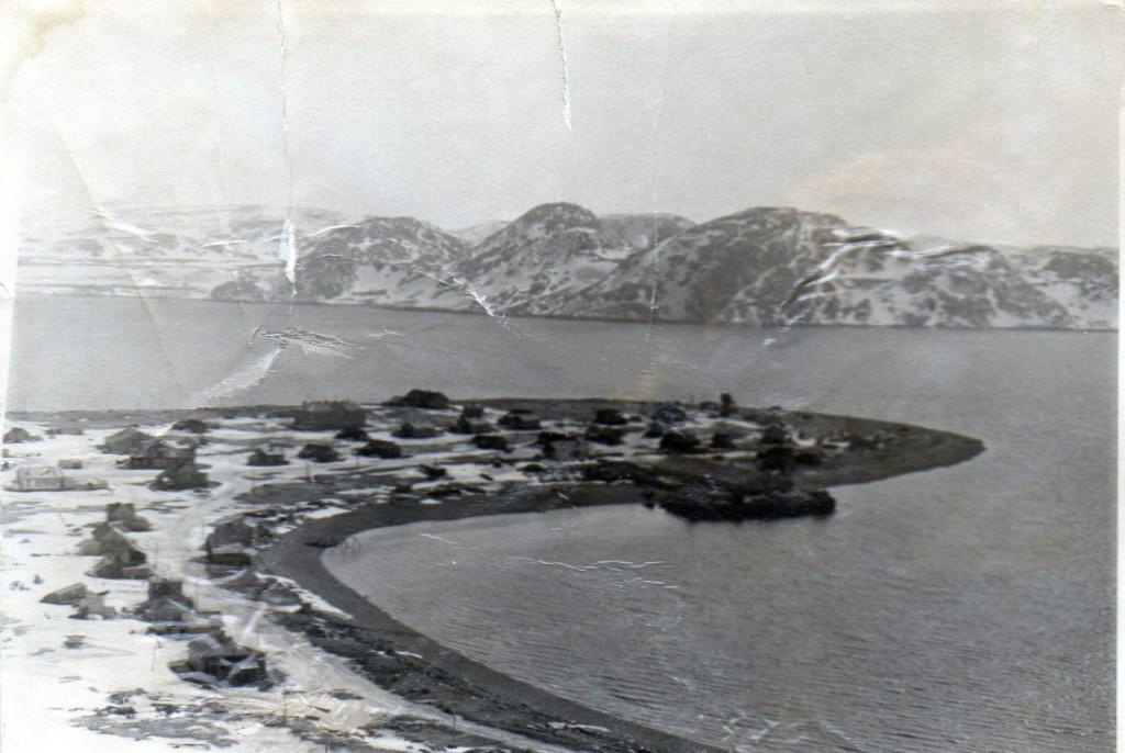 Восточный Кильдин, бухта Могильная