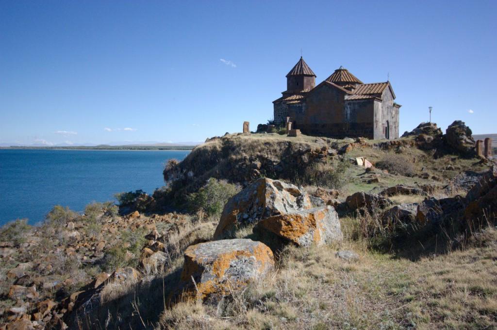 Монастырь Айраванк, Севан, Армения